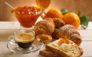 nourriture-croissants-petit-deojeuner